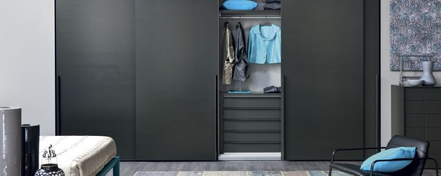 ארון קיר 4 דלתות שחור